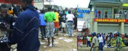  LOOTERS ransack Somali-owned shops in Ndola.The sight was not different in the town centre where Somali-owned shops were looted, in turn providing citizens with a variety of goods ranging from foodstuff to household appliances. &quot;Hantiyey Macaan Waa Midaan Hoy Lagaa Oranee&quot; www.kismaayodaily.com - your gateway of African Social issues news.